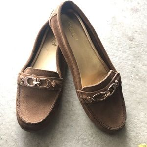 Excellent condition Coach loafers brown classic